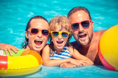Pool Enclosures Fort Myers: Getting Your Pool Ready for Summer